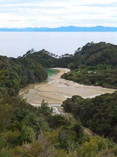 abel-tasman-bay