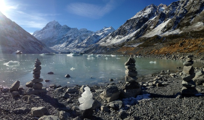Cairns on the shore of Hooker Lake